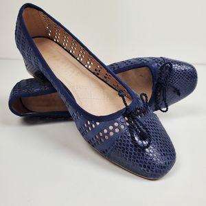 Hispanitas blue block heel pump w laser cut detail
